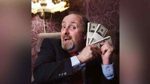 Gana más de 3 millones en la lotería, ¡pero descubren que su billete era falso!