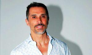 Sergio Mayer confunde a actor porno con estudiante
