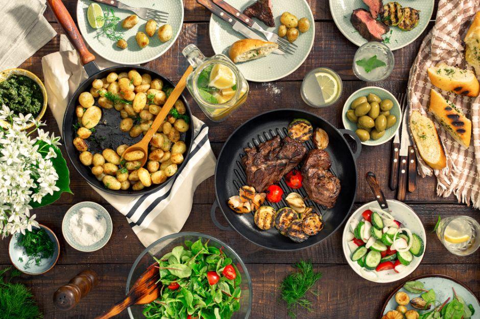 10 alimentos que NUNCA debes comer para la cena