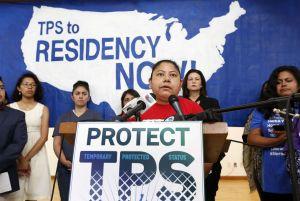 DHS extiende periodo para documentación de TPS a inmigrantes de seis países