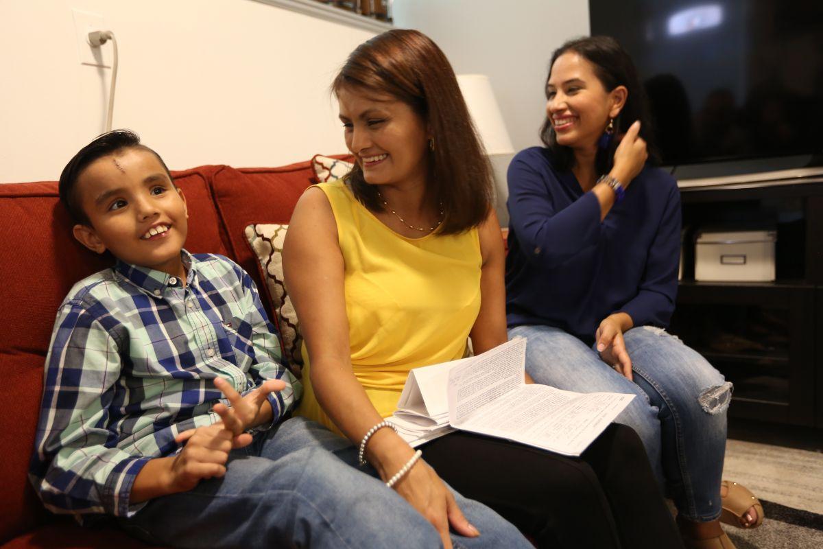 Castigan a casero que no rentó apartamento a familia hispana por tener un hijo ciego