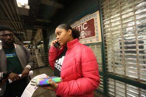 Usuarios del Subway llaman por teléfono a Cuomo para exigir que lo arregle