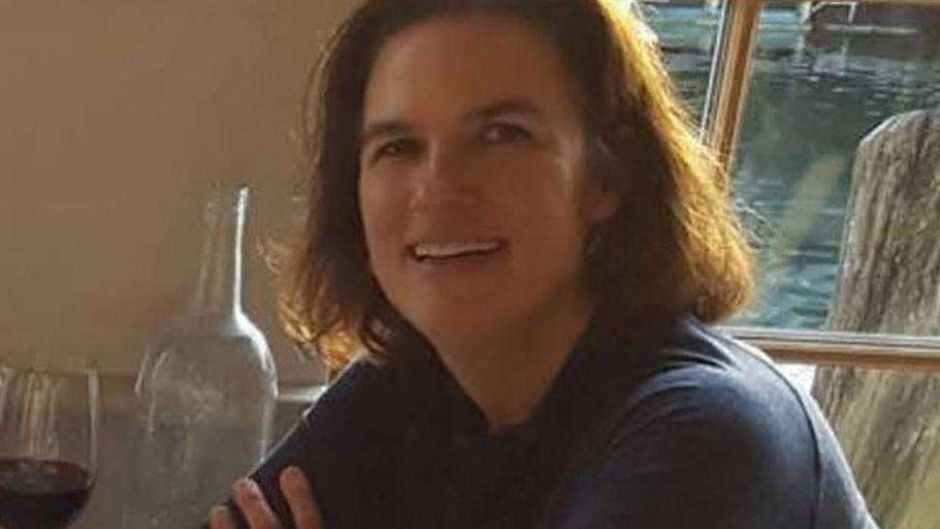 Hallan posible cadáver de maestra desaparecida en Maine