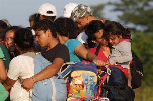"""Por estas razones, migrantes rechazan """"plan de apoyo"""" de Peña"""