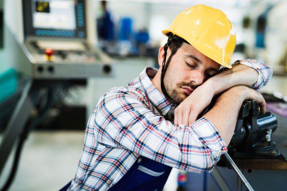 ¿Cansado en el trabajo? No es el único