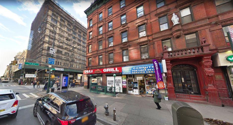 Mujer denuncia que fue violada por intruso en su apartamento en Chelsea