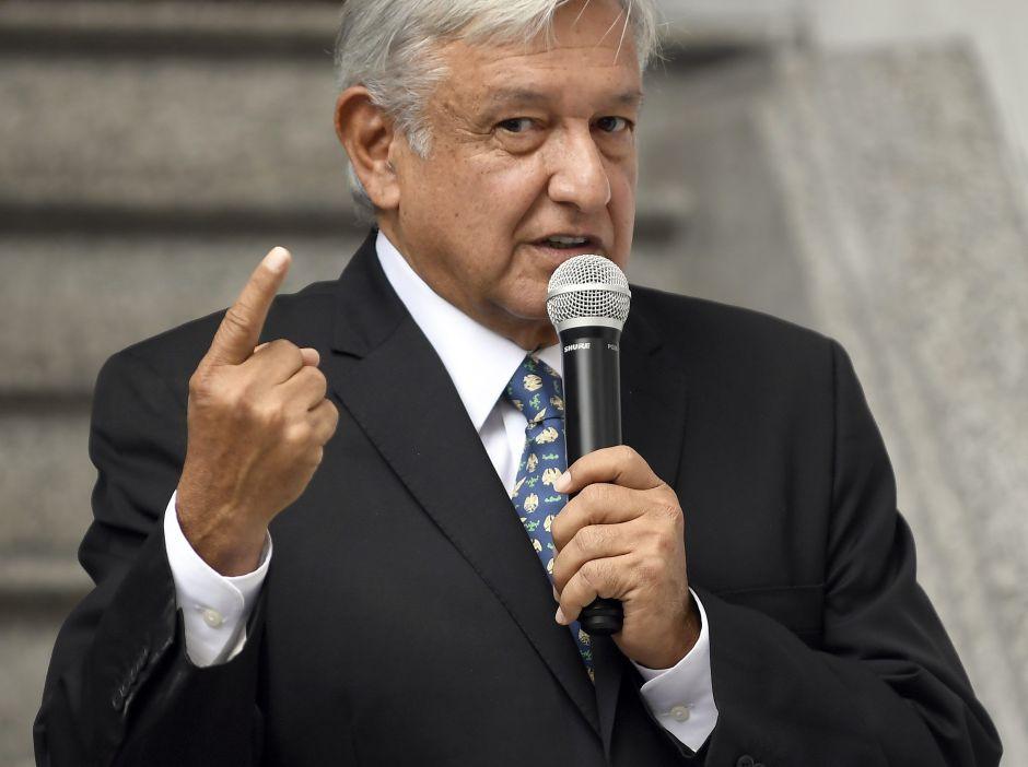 Francia desmiente haber asesorado a López Obrador sobre el nuevo aeropuerto en México