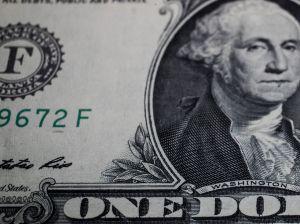 ¿A cuánto está el dólar en México? Junio 18 del 2020. El peso sigue de capa caída