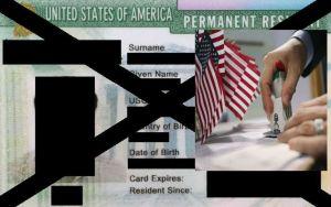 """Castigo de """"Carga Pública"""" de Trump para reducir inmigración legal prende las alarmas"""