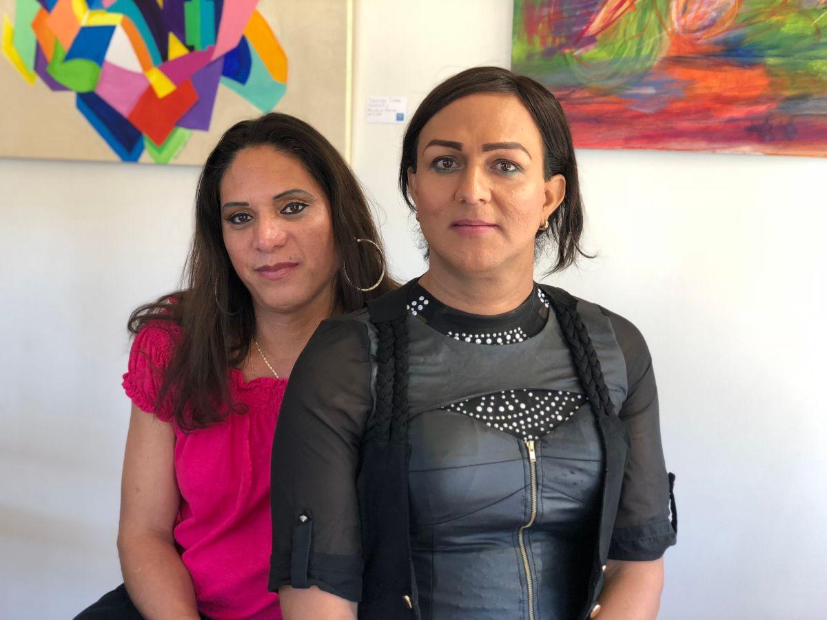 Joselyn Mendoza y Linda Carolina, fundadoras de la Cooperativa de Cosmetología Transgénero. FOTO: JOSE MARTINEZ