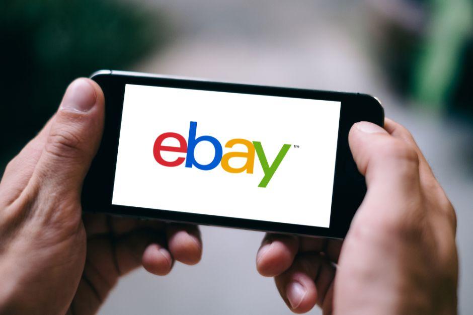 """Subasta a su """"novia usada"""" por eBay y recibe propuestas por $90,000"""