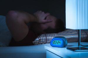 La peligrosa condición del corazón que se oculta tras el insomnio