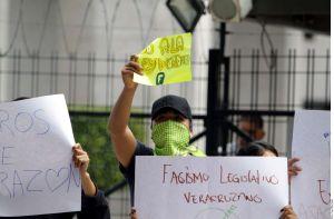 """Diputados aprueban """"ley antimemes"""" en Veracruz; gobernador dice que la vetará"""