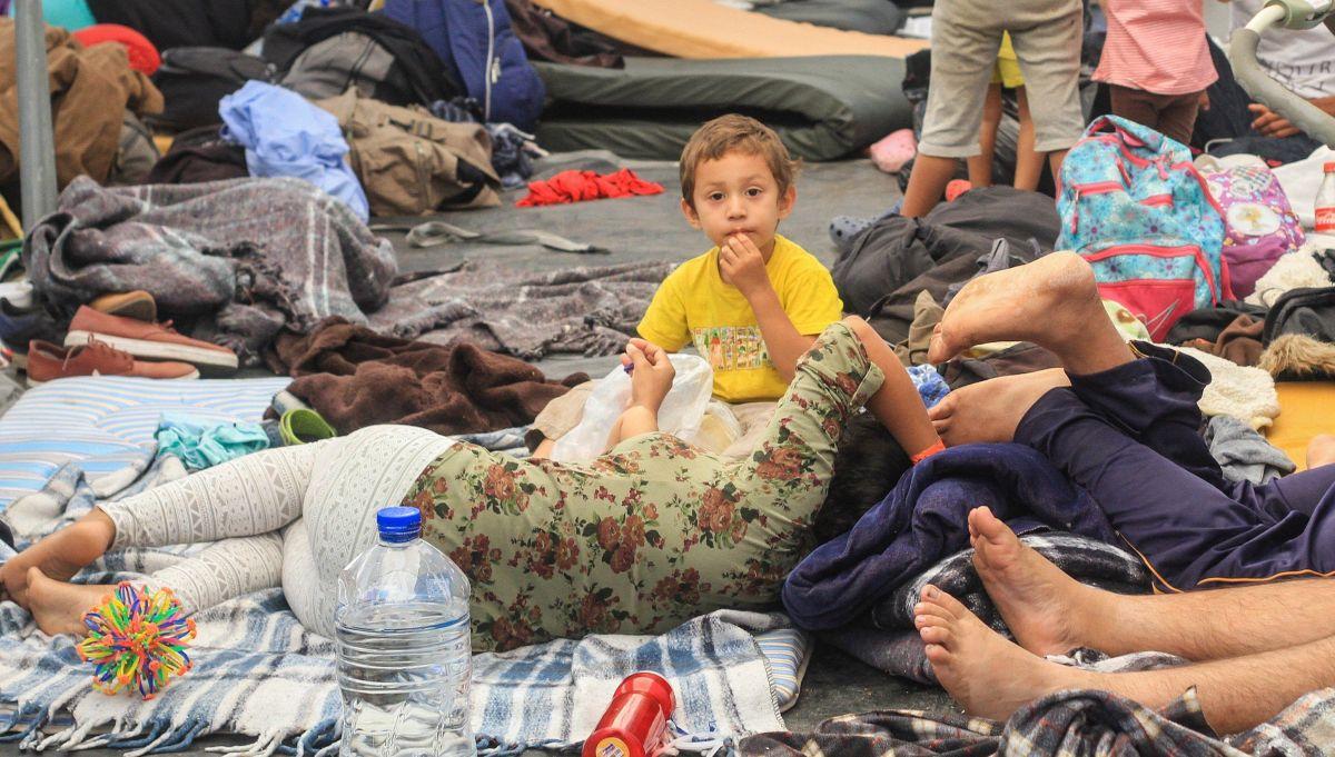 Juez bloquea orden de Trump que limita solicitudes de asilo en avance de la caravana