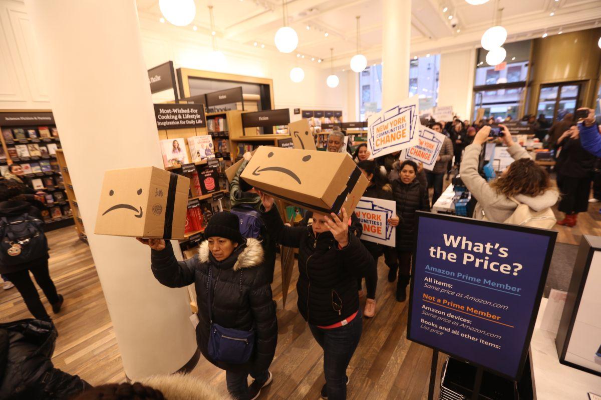 55% de vecinos a favor de incentivos para llegada de Amazon a Queens; sube rechazo a De Blasio