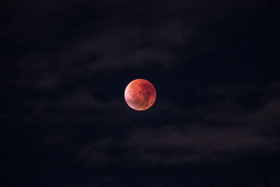 """Cómo te afectará la nueva """"luna de sangre"""" que ya se aproxima"""