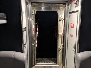 Locomotora se desprende del resto de vagones en tren de Amtrak camino a Nueva York
