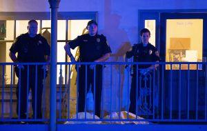 Sube a dos la cifra de muertos en el tiroteo en un estudio de yoga en Florida