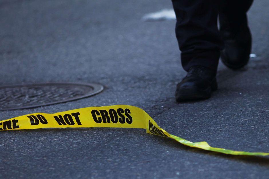 Madre mata a su hija de 14 años por llamar al 911 en busca de ayuda