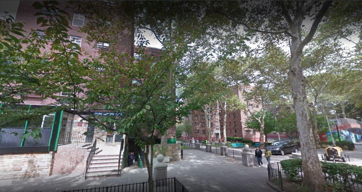 Detienen a funcionaria latina de NYCHA por traficar heroína desde su apartamento en Brooklyn