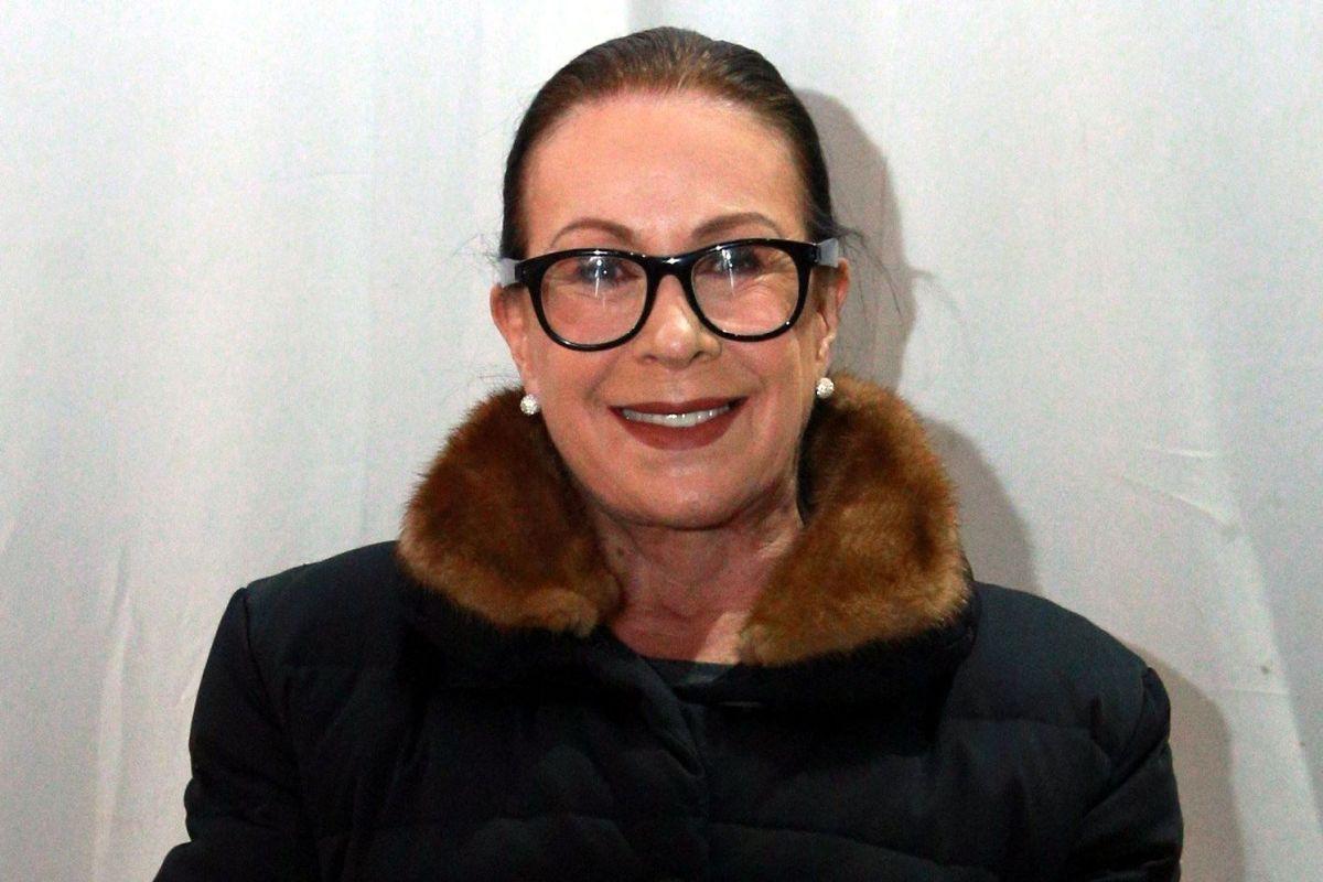 Laura Zapata.