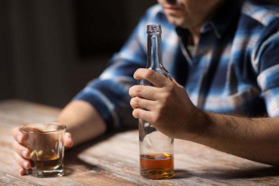¿Por qué el trastorno bipolar y alcoholismo son una combinación peligrosa?