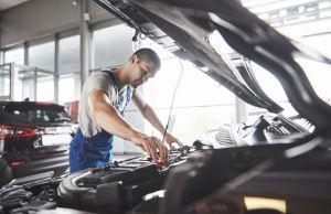 5 estrategias para ahorrar dinero al arreglar el auto