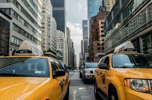 Piden se exima a taxis amarillos de la tasa de congestión