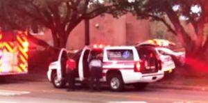 Suicida deja 2 muertos en estudio de yoga en Florida; alcalde suspende campaña tras reunión con Obama