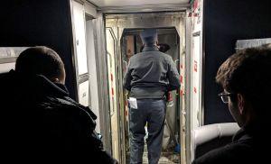 Pasajeros varados en el frío por tren Amtrak accidentado en ruta a Nueva York