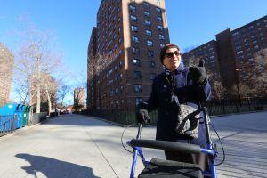 Visita de Ben Carson pasa desapercibida para residentes de NYCHA