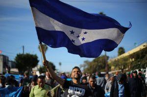 """Honduras se defiende de la """"madre de las caravanas migrantes"""" a EEUU"""
