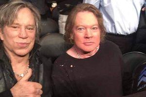 Foto de Mickey Rourke y Axl Rose desata una lluvia de críticas en Twitter