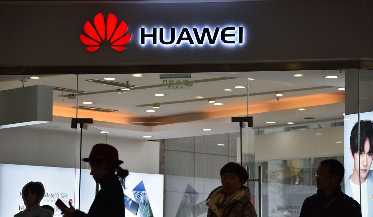Google rompe con Huawei, así te afecta