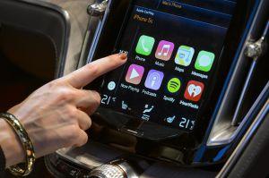 ¿Qué diferencias hay entre Apple CarPlay y Android Auto?