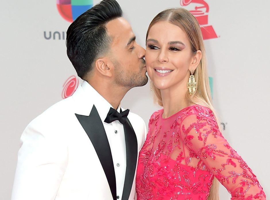 Águeda López, esposa de Luis Fonsi, y su belleza en un sexy rojo