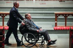 Las últimas palabras del expresidente H.W. Bush a su hijo