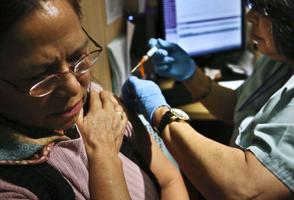 Gobernador Cuomo alerta sobre alza récord de casos de 'flu' en NY