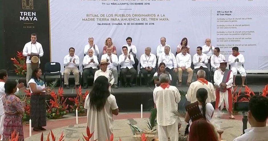 AMLO pone en marcha la construcción del tren Maya con una ceremonia indígena