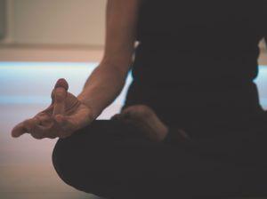 La meditación que ayuda a bajar de peso