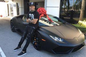 Conoce la lujosa colección de autos de Nicky Jam
