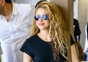 Shakira y su traje de baño plateado
