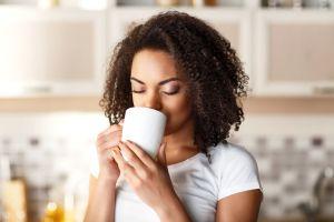 5 tipos de té que sirven para bajar de peso