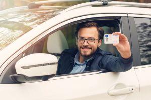 ¿Qué se necesita para sacar una licencia de conducir en New Jersey?
