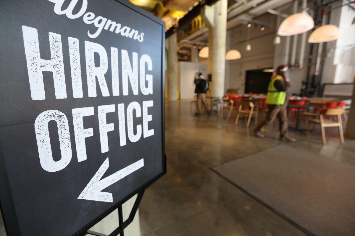 En enero se crearon 304,000 empleos nuevos en EEUU