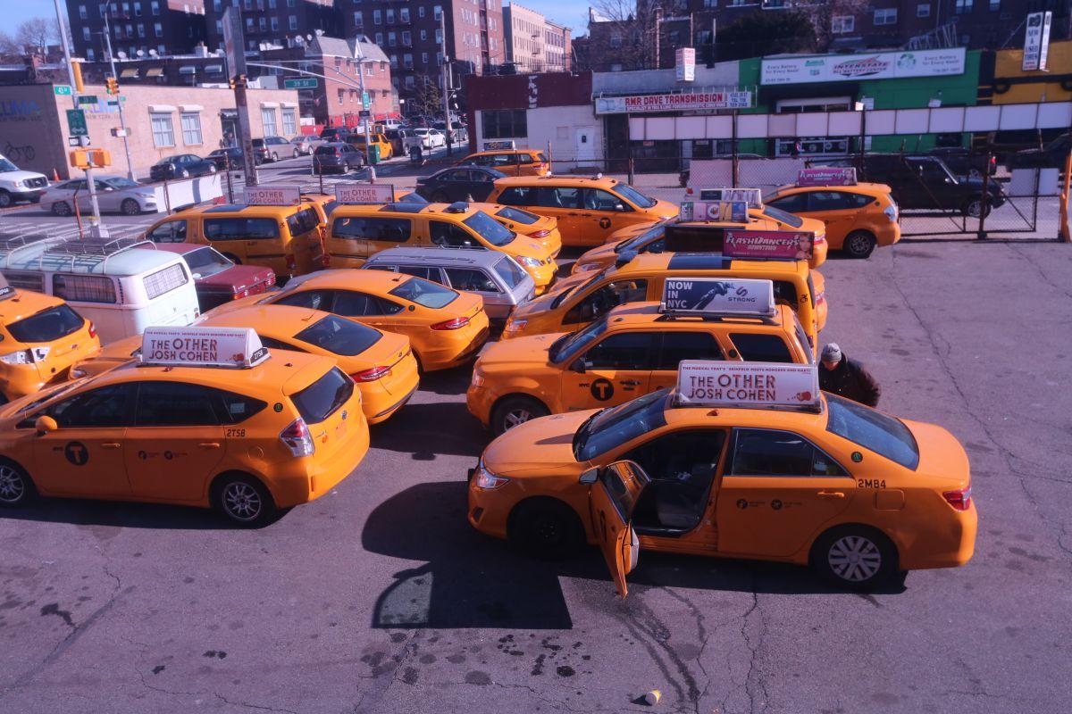 Los taxis amarillos, un ícono amenazado en NYC