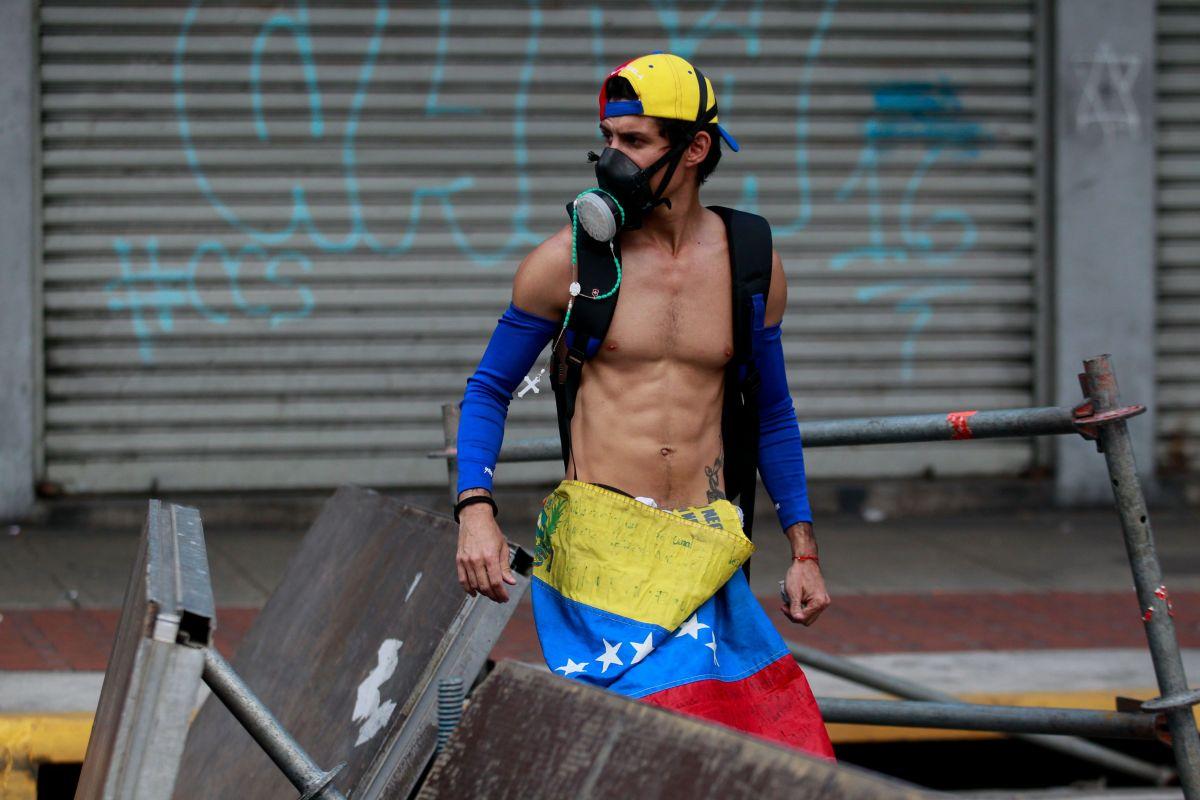 Estados Unidos no acata ruptura de relaciones con Venezuela y ratifica apoyo al nuevo presidente