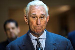 """Declaran culpable de todos los cargos a Roger Stone, aliado de Trump en la """"trama rusa"""" electoral"""