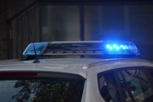 Lo arrestan por 'robar' su propio auto y ahora recibirá indemnización millonaria por parte de las autoridades de Illinois