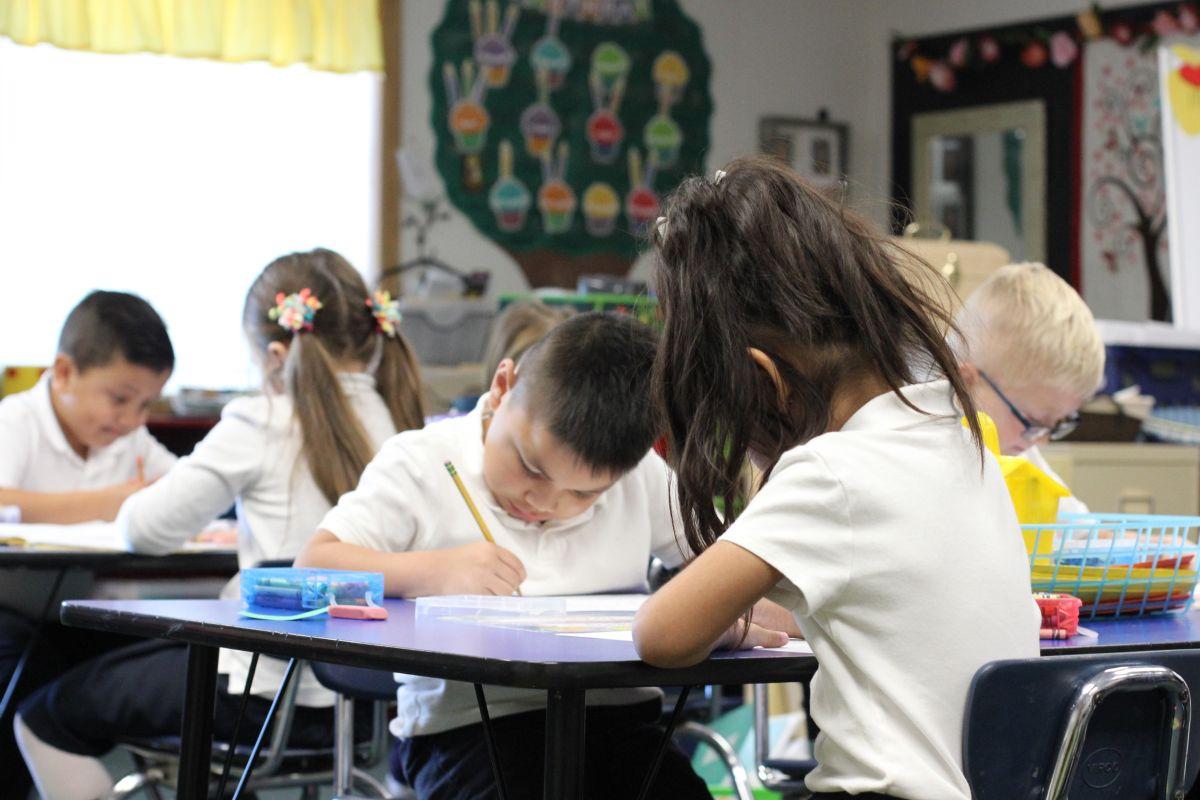 Estudiantes de escuelas católicas sobresalen a nivel estatal